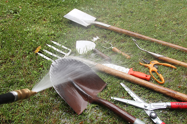 Clean and care for your garden tools