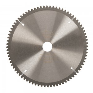 Triton Tungsten Carbide Woodworking Saw Blade - 250 x 30mm 80T