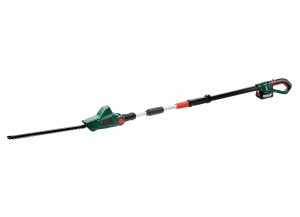 Bosch UniversalHedgePole Cordless 18v Hedge Trimmer 43cm/17in with Battery