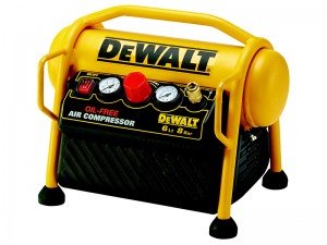 DeWalt DPC6MRC 1100w Mini Roll Cage Air Compressor 6 Litre 240v