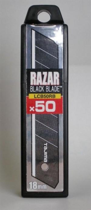 Tajima Razar Black Blade Dispenser 18mm Pack of 50