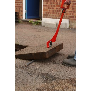 Mustang Eazy-Lift Manhole Cover Lifter