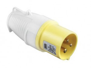 Defender 110v 16amp Yellow Plugs E884005