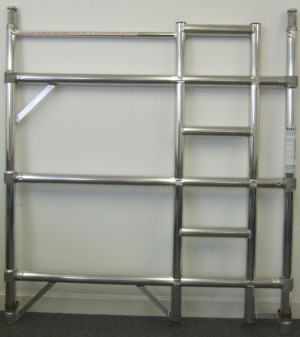 Euro Towers FDL3 3 Rung Double Width Ladder Frame