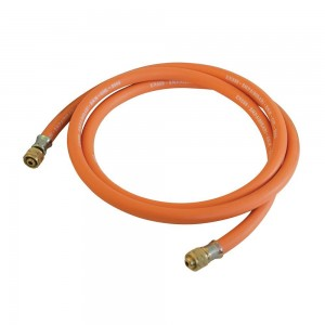Silverline Gas Hose with Connectors (2 or 5 Metres)